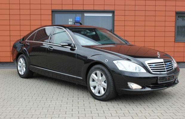 Mercedes s420 cdi guard b7 armouredcars pro for Mercedes benz guard for sale