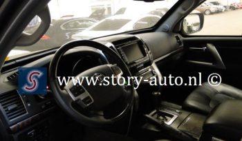 Toyota Land Cruiser 200 4.6 V8 VXR Armoured full