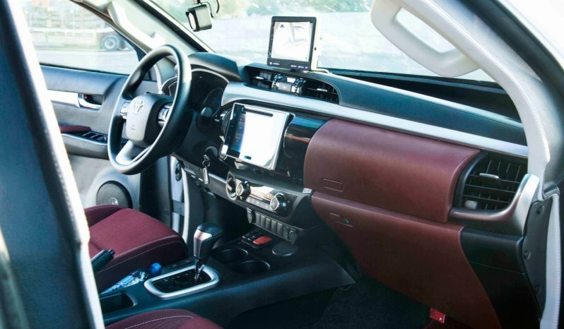 B6 Armoured Toyota Hilux Pick up full